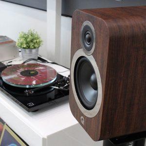 Q Acoustics 3010i Hoparlör Walnut
